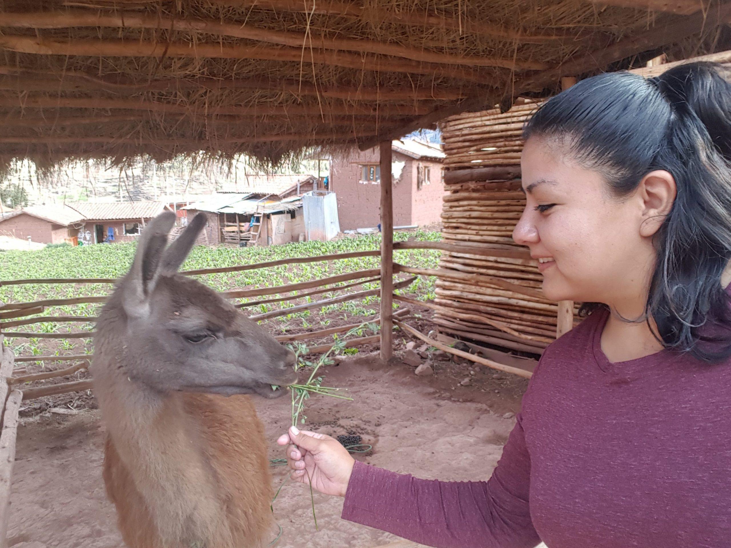 Gaby P. with Llama